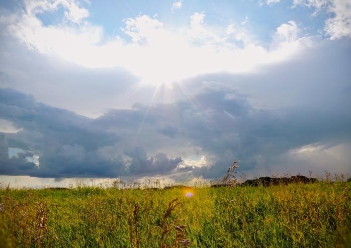 clouds on the prairies