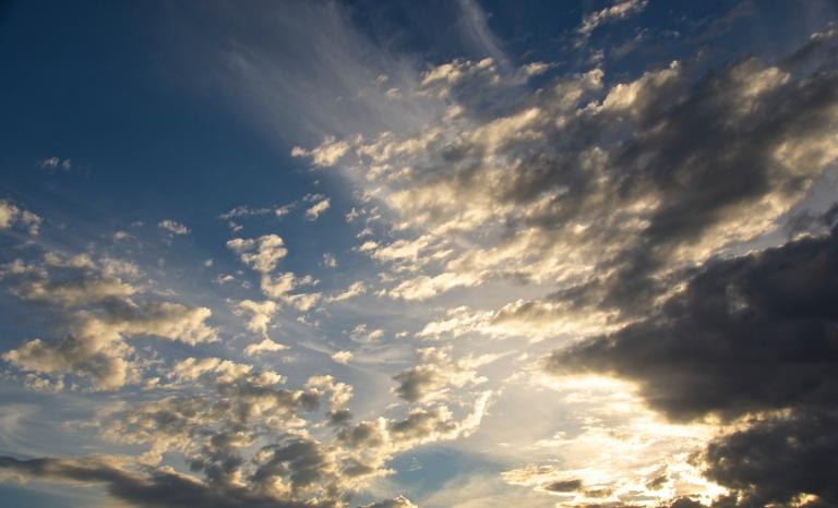 October 21 clouds