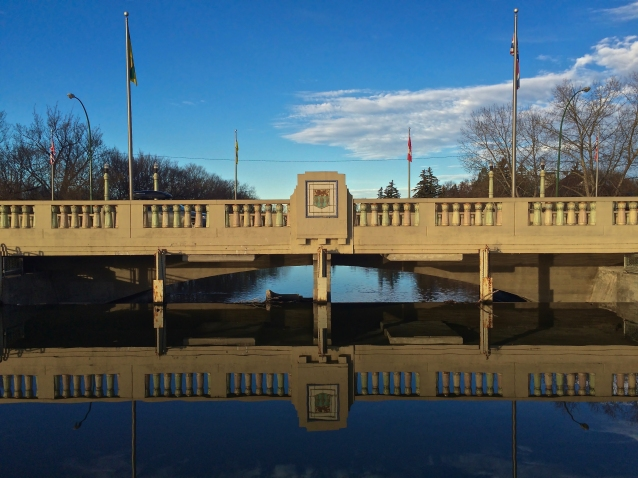albert-street-bridge-in-november
