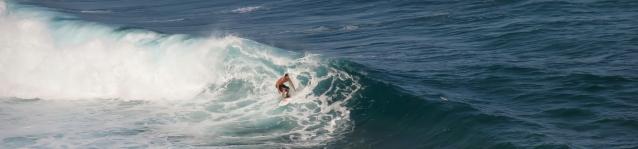maui-surfer-1