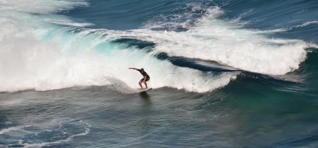 maui-surfer-3