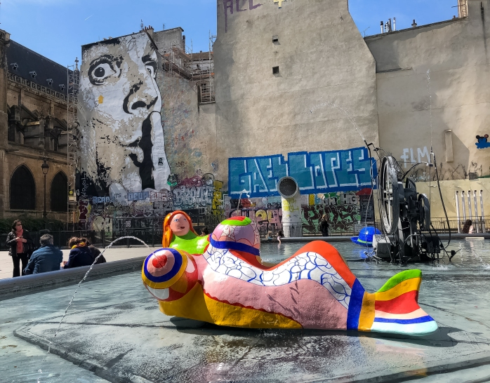 Stravinsky Fountain 5 and mural